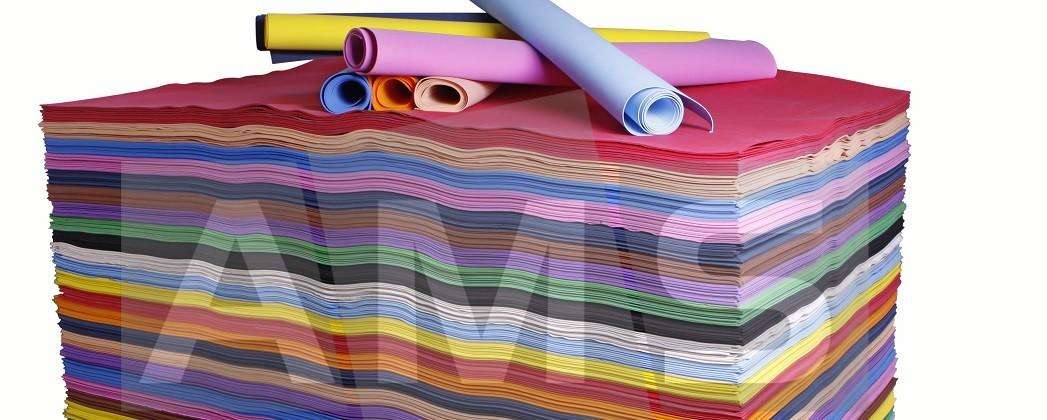 E.V.A. colorido também é ideal para encapar cadernos